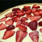 No Bake Sugar Free Strawberry Cheesecake - Sugar-free cheesecake pudding mix and sliced fresh strawberries make a light and tasty no-bake pie with layers of creamy filling and bright red berries.