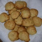 Banana Drops - A fruity cookie that melts in your mouth. For those who love bananas, you can replace the vanilla extract with more banana extract.