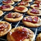Bacon Crackers - These sweet, crisp bacon and cracker treats are simple to make and outrageously delicious!