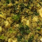 Veggie Quinoa - Here's a quinoa dish that even non-vegetarians will love. Quinoa is cooked in vegetable broth and mixed with sauteed garlic, tofu, broccoli, mushrooms, and spinach.