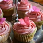 Real Strawberry Frosting - This strawberry frosting is made with real strawberries for an authentically flavored and colored cupcake topping.