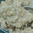Rebecca's Instant Cinnamon Oatmeal - Make your own personalized instant oatmeal packets for a quick and hearty ready-made breakfast. The kids can help make the packets, and eat them too!
