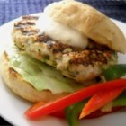 Chicken Tartar Burger - These are homemade chicken burgers with an awesome tartar sauce! It's simple, fast, and quite tasty.