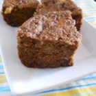 Rice Cooker Muffin Cake - Put all the flour, spices, and fruit into a rice cooker to make a sweet spice cake in less than an hour.