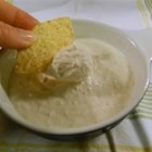 Cottage Cheese Clam Dip - This creamy clam dip is excellent! Garnish with a pinch of paprika and bits of pimento. Nonfat yogurt may be substituted for the sour cream.