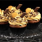 Peanut Butter Frosting - This peanut butter frosting is cooked over a stove so it's easily spread on your favorite cake.