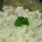 Italian Mashed Potatoes - Vegetable broth and a bevy of spices add moisture and flavor in this mashed potato recipe.
