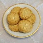 White Chocolate Coconut Macadamia Cookies - A yummy treat with coffee.
