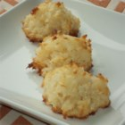 Divine Macaroons - Four ingredients are all you need for this easy coconut macaroon recipe, perfect for holiday parties.