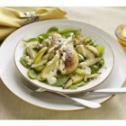 Marzetti(R) Ultimate Chicken - Paprika-seasoned chicken breasts are served on a bed of baby spinach, sauteed apples, celery and shallots, then topped with warmed Marzetti(R) Ultimate Blue Cheese Dressing and toasted pine nuts.