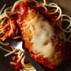 Easy Weeknight Chicken Parmesan - Impress your family with this quick and easy Italian dinner made with Progresso™ Recipe Starters™ fire roasted tomato cooking sauce.