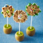 Shreddies Chocolate Flower Pops - Fun to make, even more fun to eat! Especially great for Mother's Day, craft day, birthday parties.
