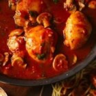 Progresso(R) Easy Chicken Cacciatore - Enjoy this hearty Italian dinner featuring chicken, spaghetti and mushrooms--made using Progresso™ Recipe Starters™ fire roasted tomato cooking sauce.