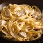 Easy Weeknight Creamy Chicken Alfredo - Enjoy this chicken recipe made with Progresso™ Recipe Starters™ creamy Parmesan basil cooking sauce and pasta--perfect for a weeknight dinner, and ready in 20 minutes.