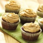 Chocolate Fudge Cupcakes with Peanut Butter Frosting - Rich chocolate cupcakes are topped with a creamy peanut butter frosting.