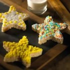 Twinkling Star Treats(TM) - Make and decorate these star shapes with your little ones and watch their imagination and creativity shine.