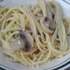 Garlic Mushroom Pasta - Spaghetti tossed with scrambled eggs, mushrooms, garlic, and Parmesan cheese makes a great meal that will please all the members of your family.