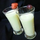 Honeydew Juice - Blend honeydew melon and honey together for a refreshing summer juice.
