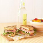 Grilled Tuna Sandwich with Lemon-Chili Mayo