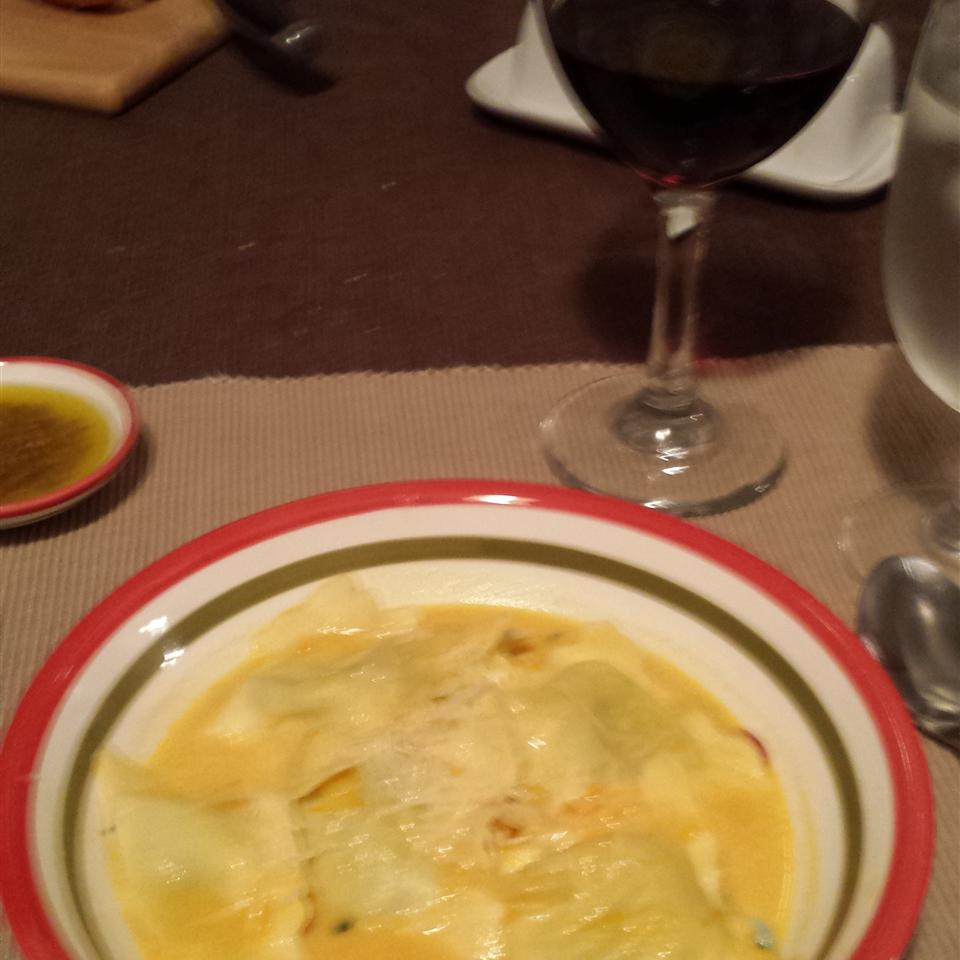 Butternut Squash Soup with Spinach Ravioli Terry Kuhn Graff