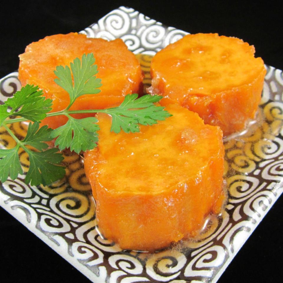 Marjorie's Maple Vanilla Sweet Potatoes
