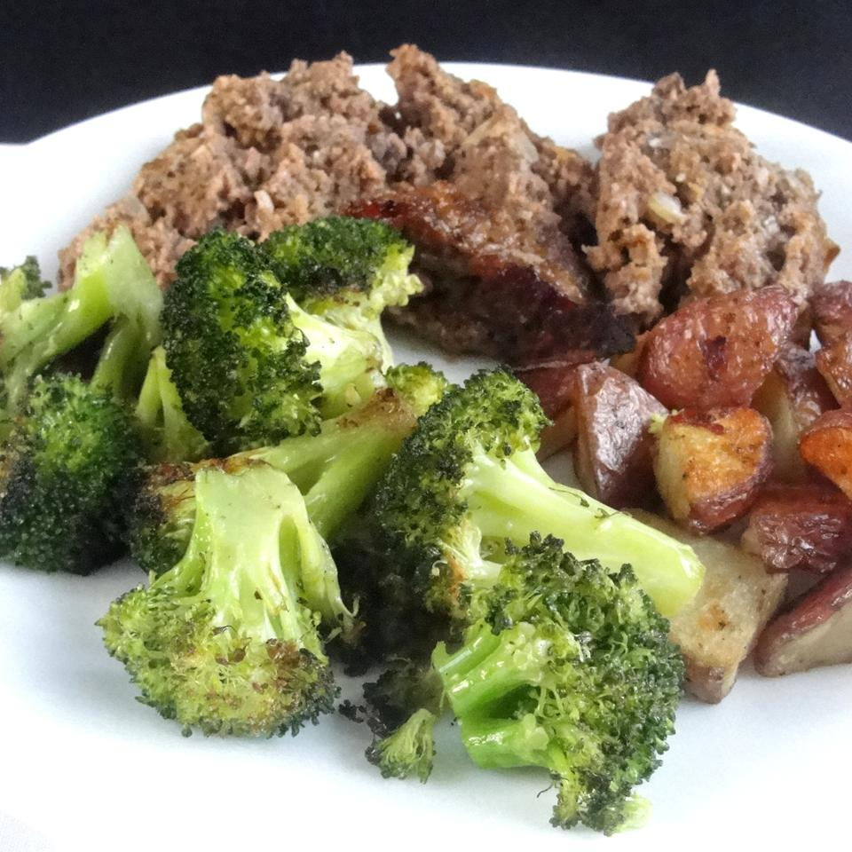 Easy Roasted Broccoli