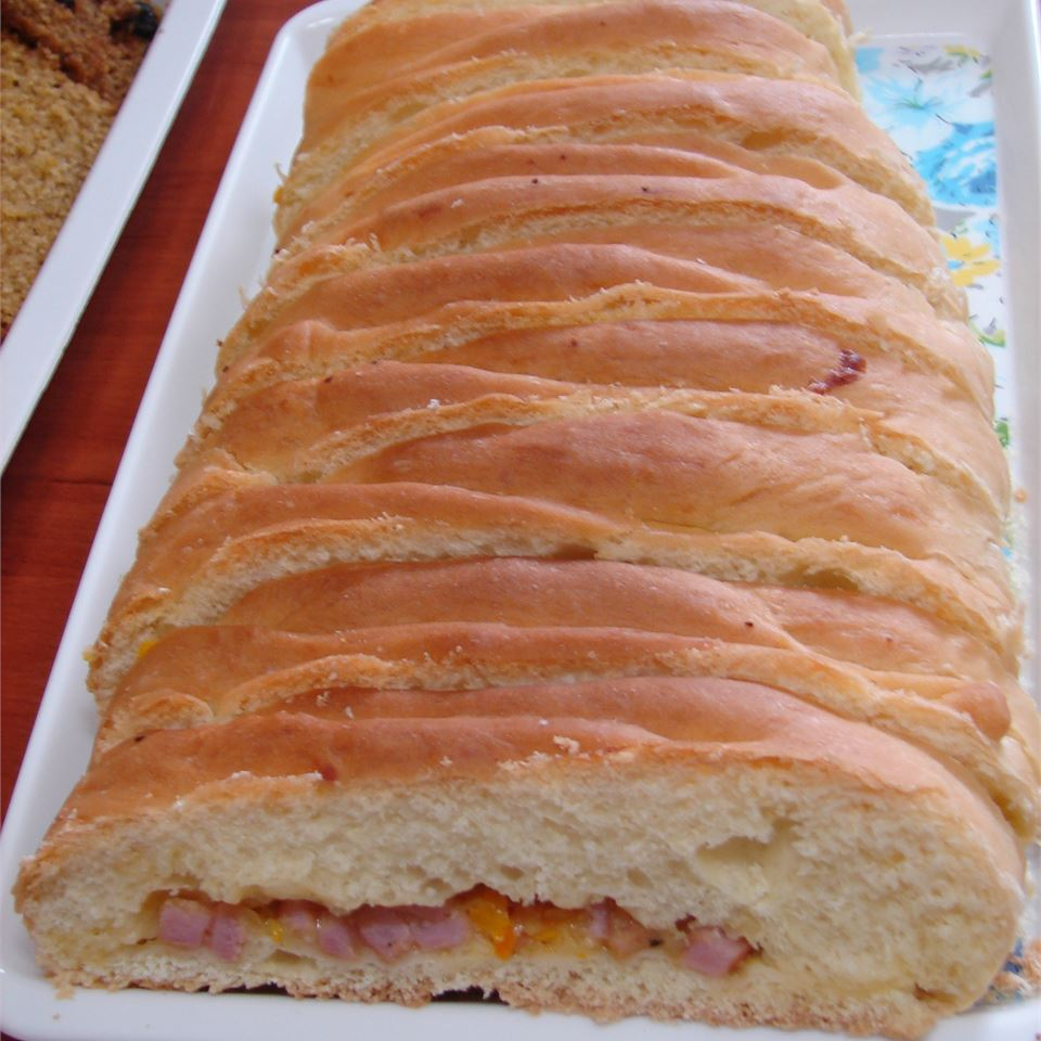 Ham and Cheese Picnic Bread MARBALET