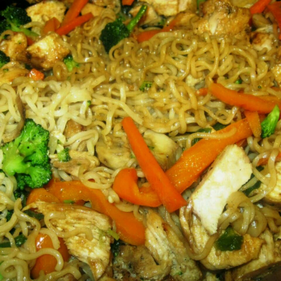 Ramen Noodle Stir-Fry with Chicken and Vegetables Kristin Marquez