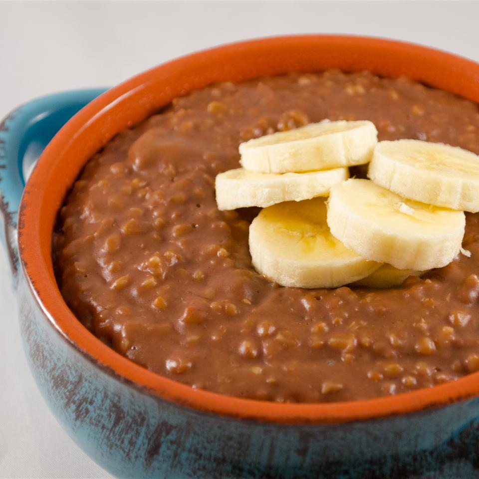 Slow Cooker Chocolate Banana Steel Cut Oats