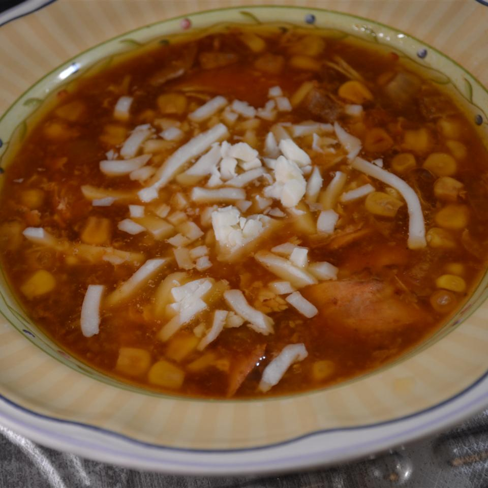Slow Cooker BBQ Chicken Pizza Soup