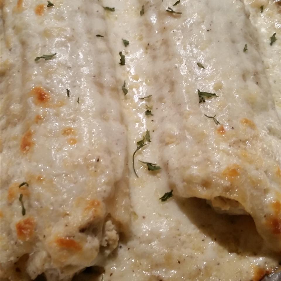 Chicken Manicotti Alfredo cleonelli