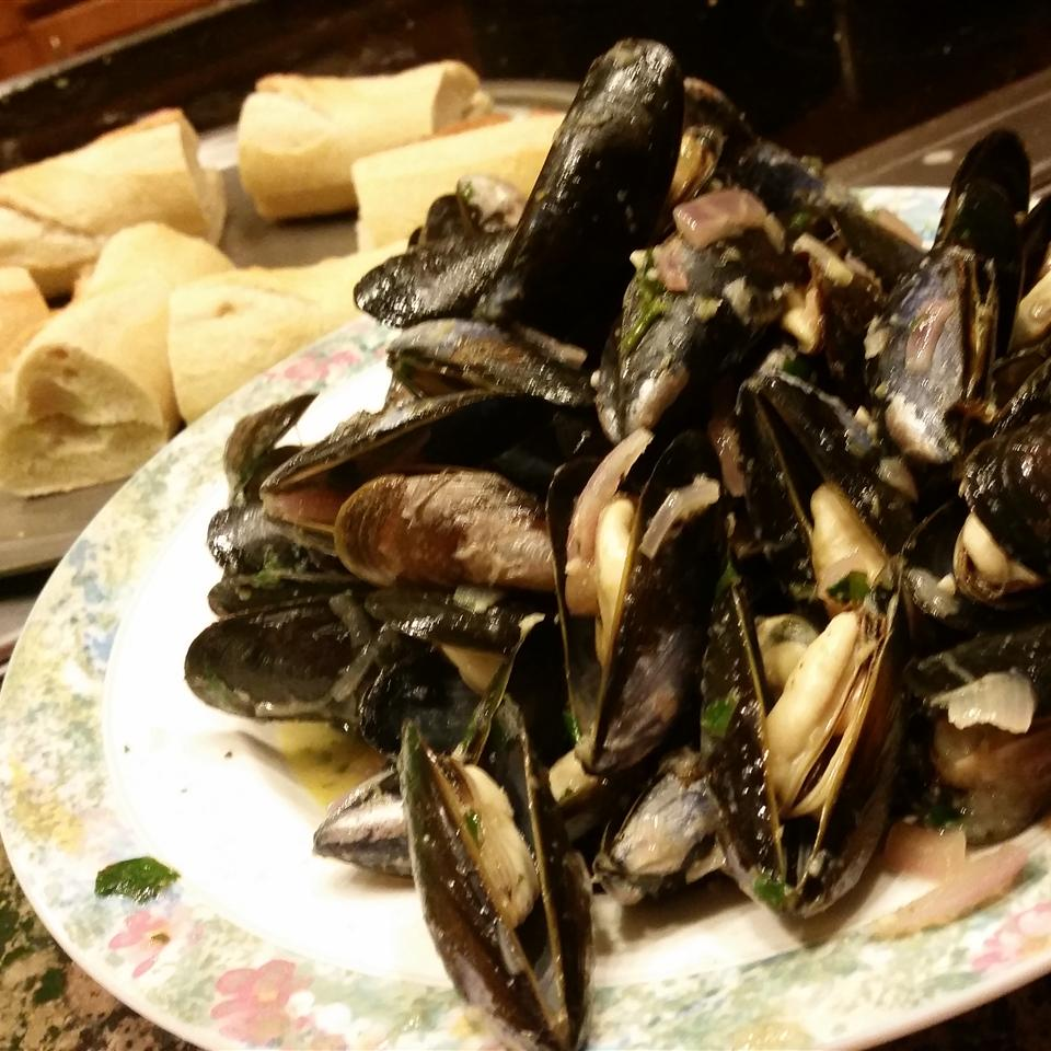 Curried Mussels image