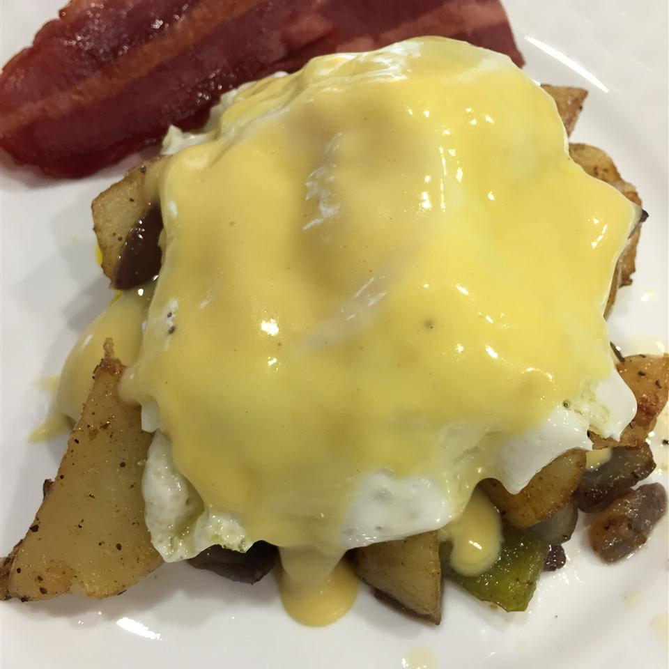 Creamy Hollandaise Sauce STEPHANO