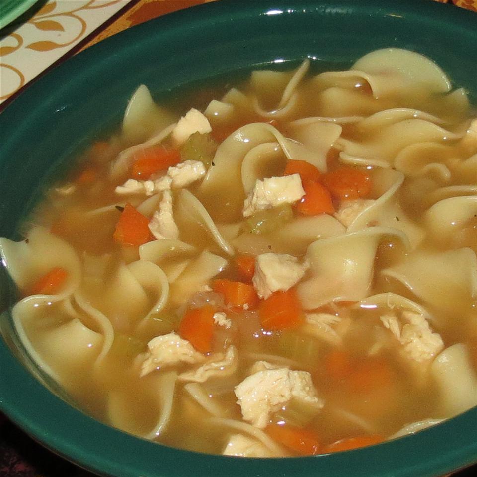 NO YOLKS(R) Chicken Noodle Soup linda2d