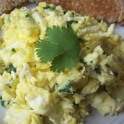 Garlic-Cilantro Scrambled Eggs