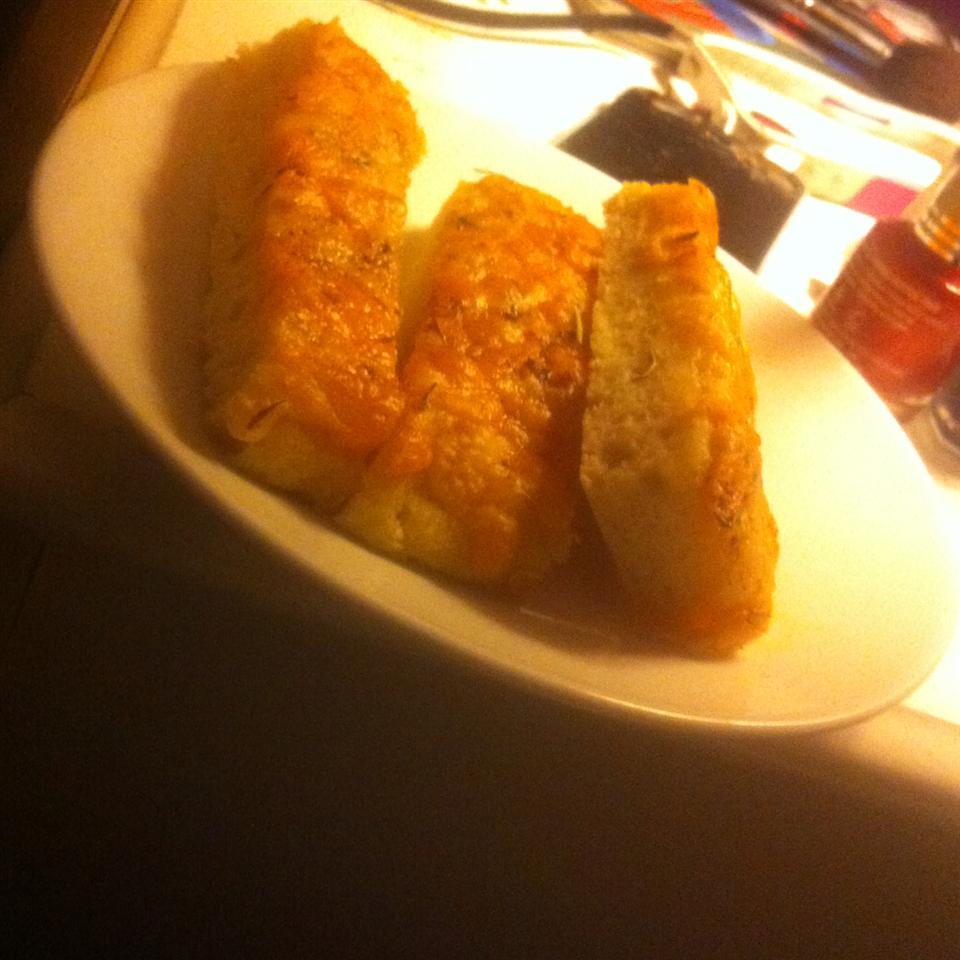 Garlic Cheese Flatbread magiicallydelicous