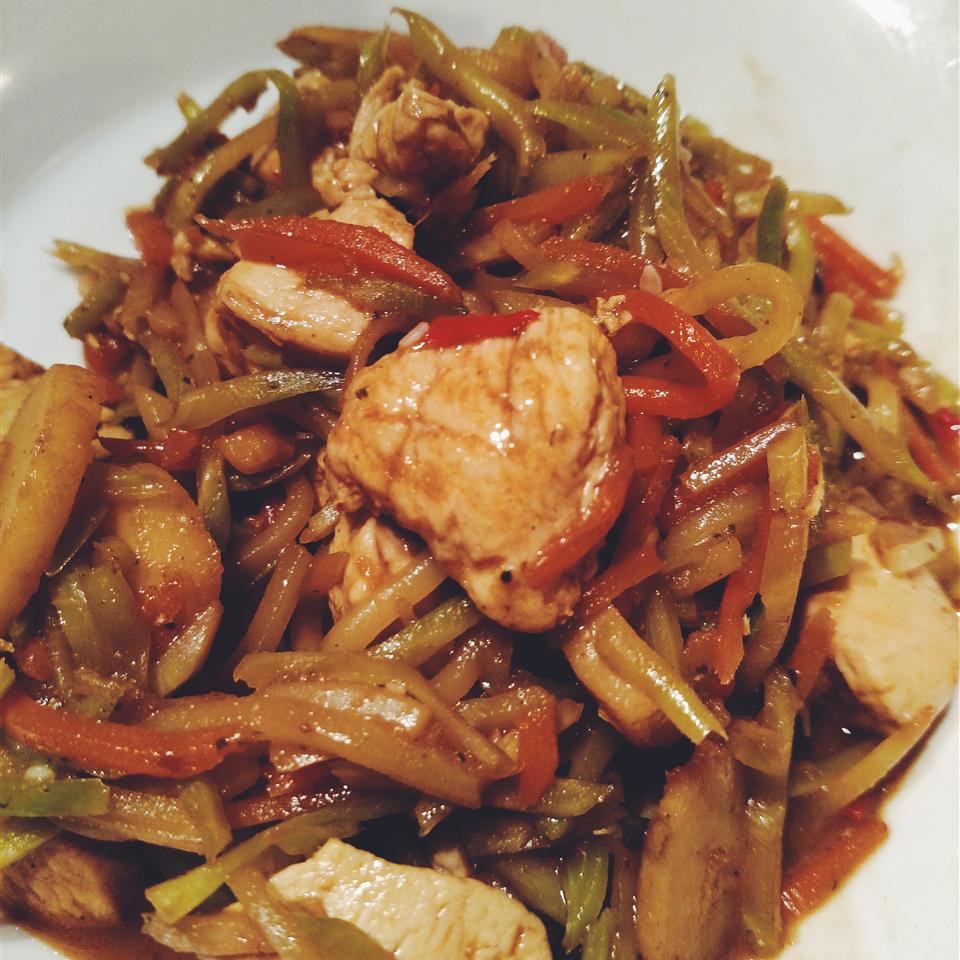 Thai Chicken Broccoli Slaw anbanitt