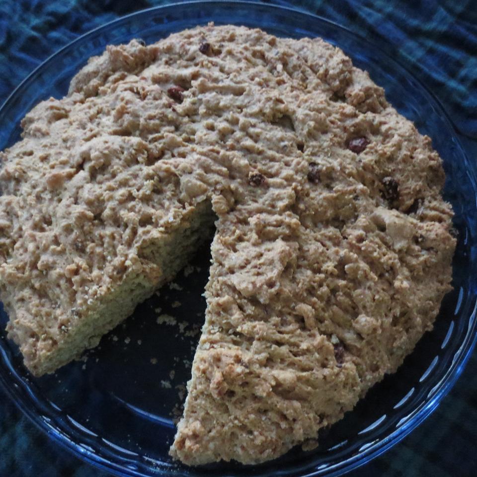 Auntie Mae's Irish Bread