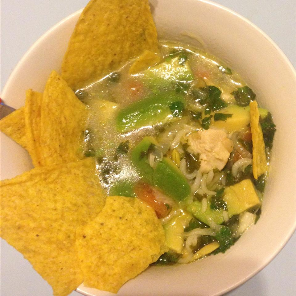 Avocado Soup with Chicken and Lime Hina