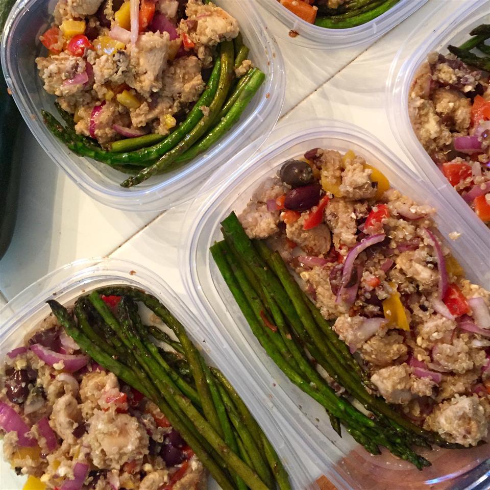 Mediterranean Quinoa Salad CourtneyLee