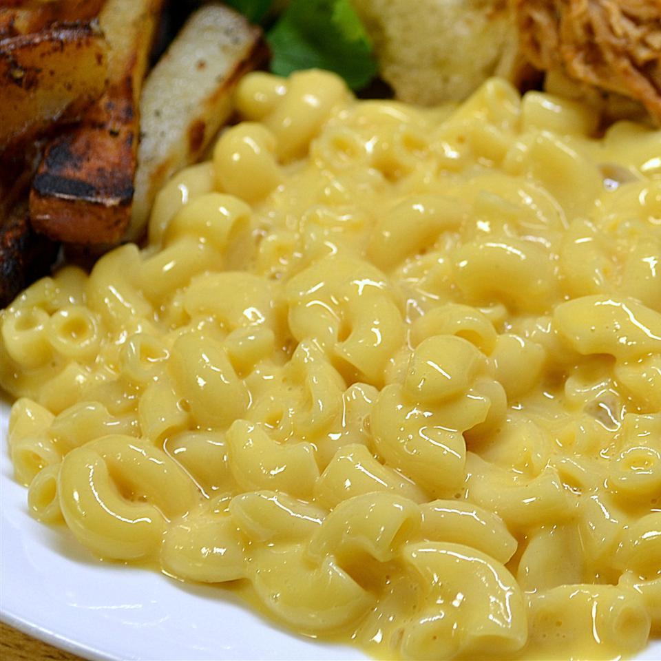 Microwave Macaroni and Cheese Kristin Gowin