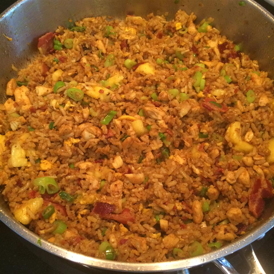 Thai Fried Rice with Pineapple and Chicken Helene Wilson