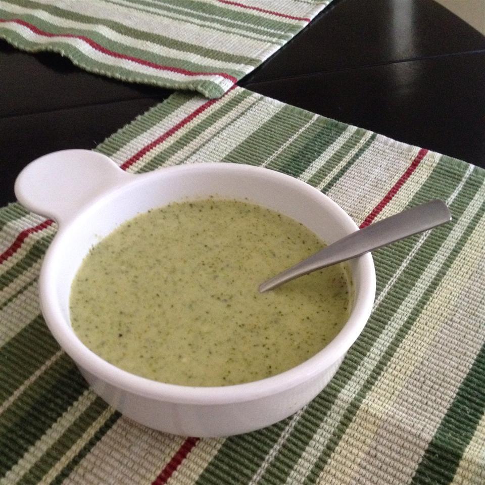 Erin's Cheesy Broccoli Soup Diann
