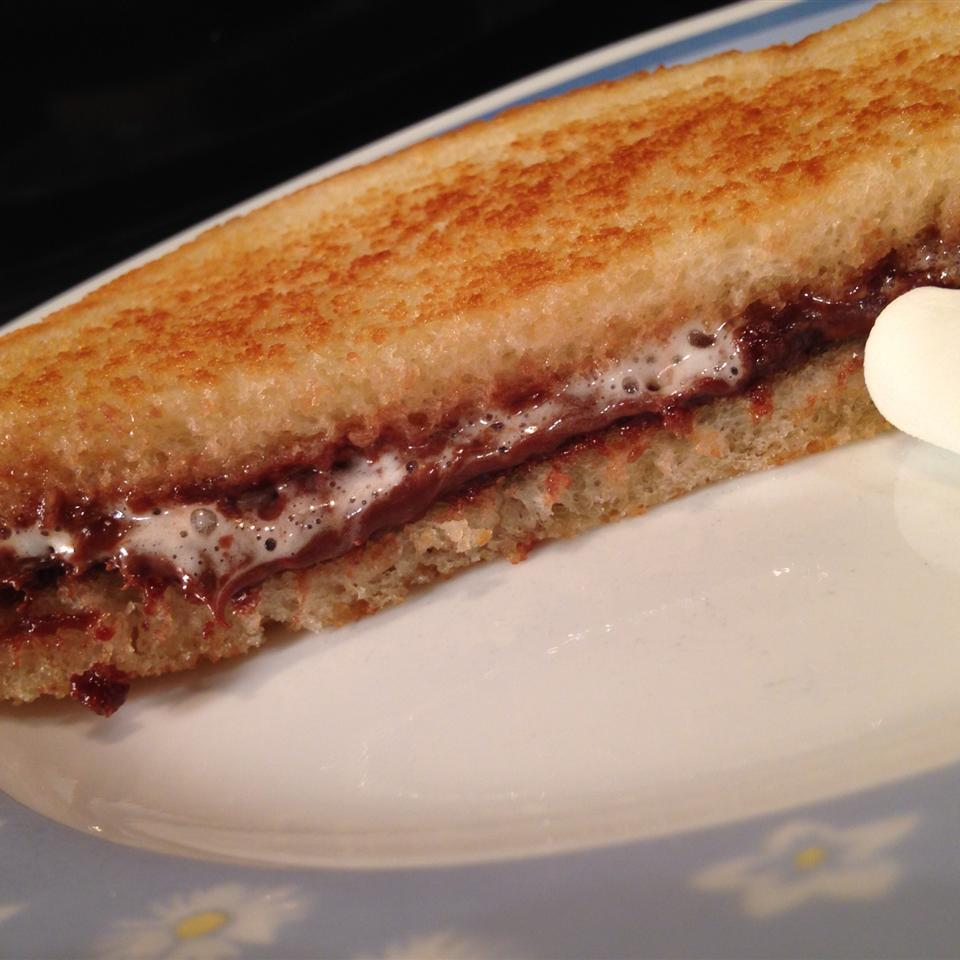 Grilled Marshmallow Nutella(R) bikerfamily
