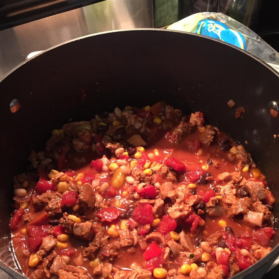 Chicken and Chorizo Chili myarrows