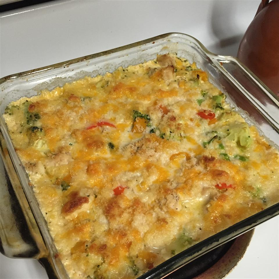 Cheddar Broccoli and Chicken Casserole from Country Crock(R) CookinMommy