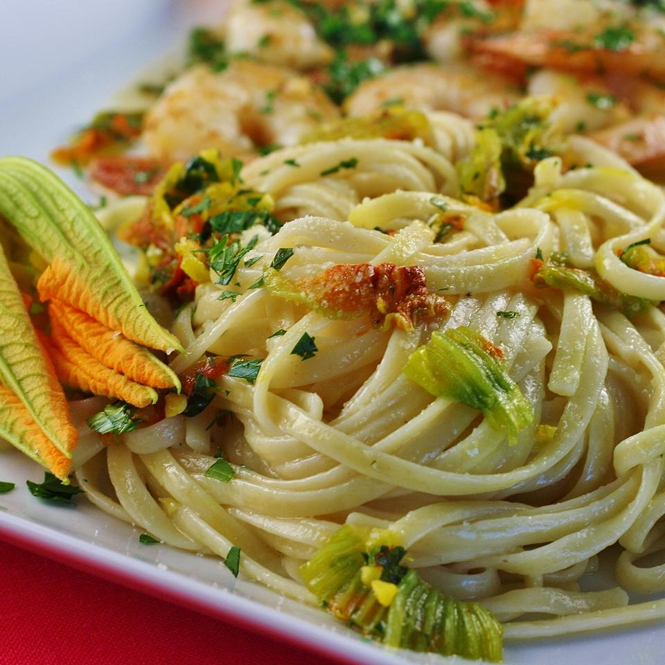 Pasta Ai Fiori Di Zucca (Pasta With Zucchini Blossoms) Recipe