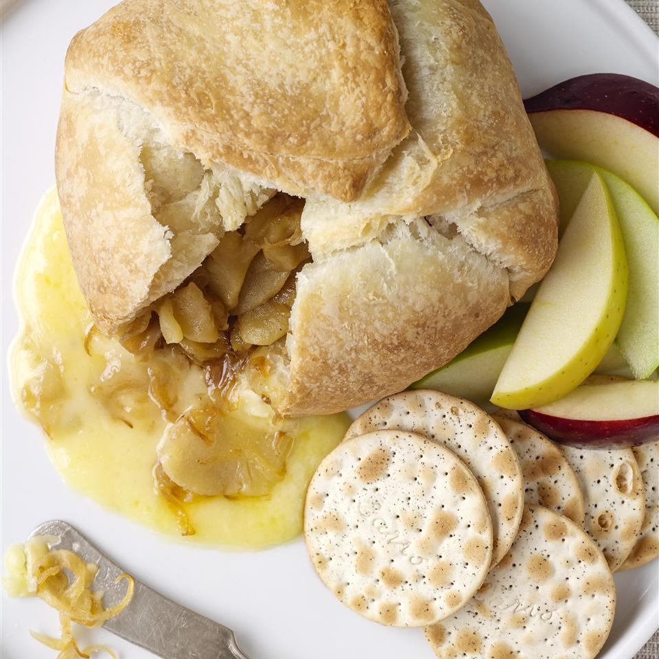 Baked Brie with Caramelized Onions image