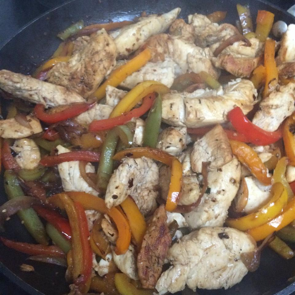 Chicken and Peppers with Balsamic Vinegar Kathy Siragusa Crabbe