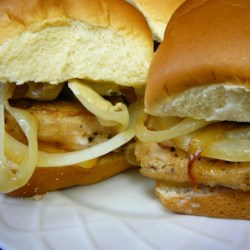 Bar Chicks - Blackened Chicken Sliders Recipe